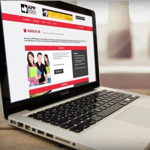 criação de site institucional APP - mockup macbook