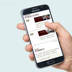 criação de site para escritório de advocacia - mockup celular - Biffi Advogados