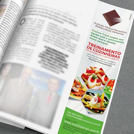 Anúncio Treinamento de Cozinheiras - revista Revide